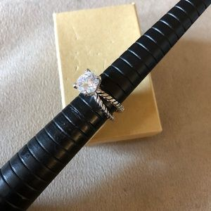 Jewelry - Size 7 cable ring